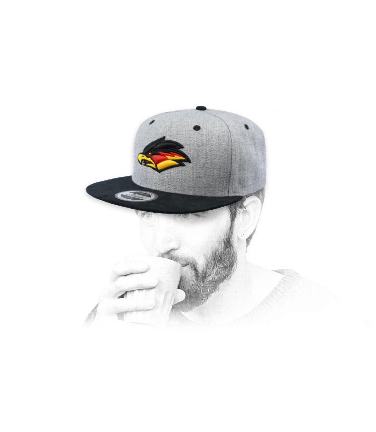 Snapback Adler grau