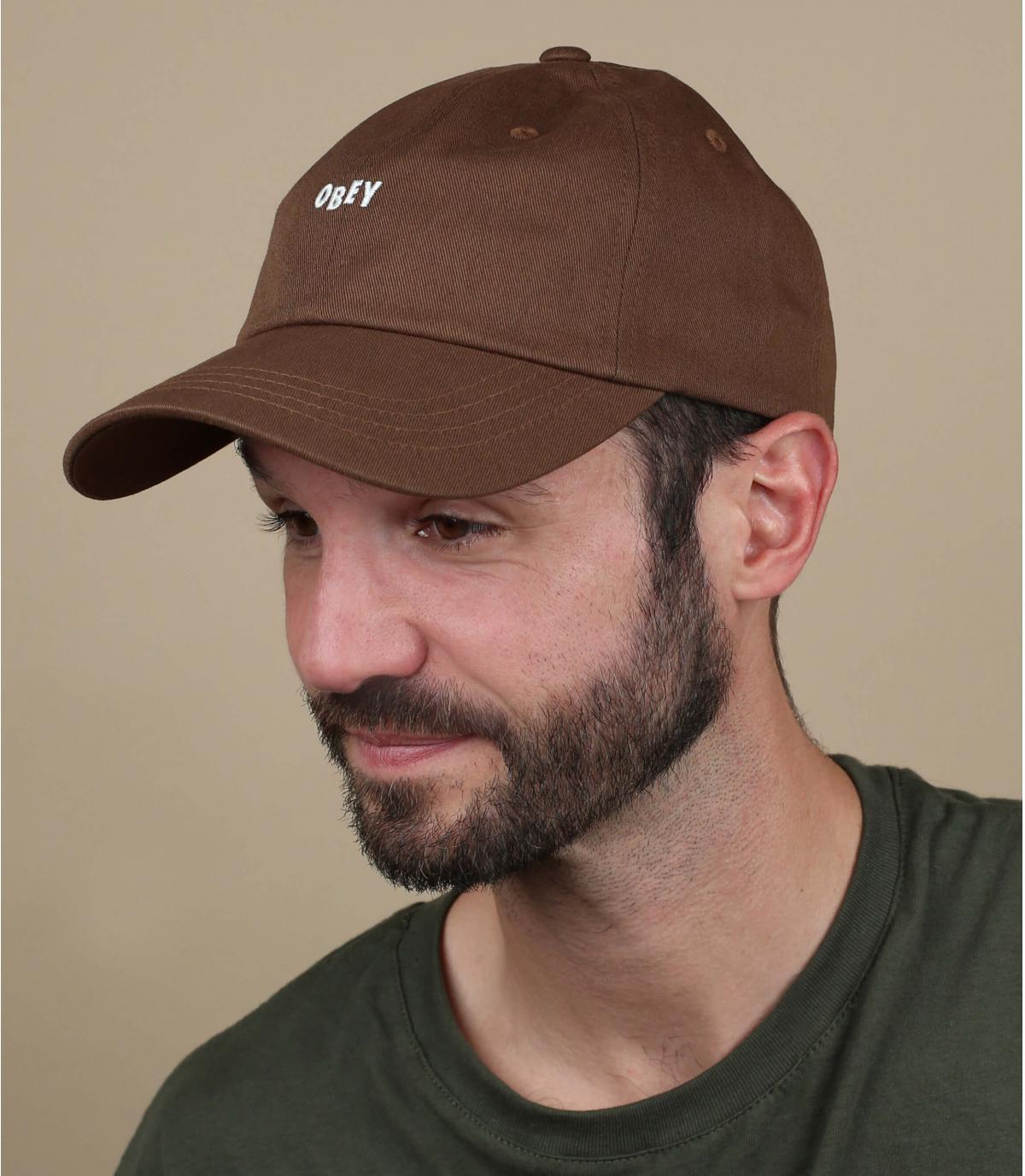 Braune Cap Obey