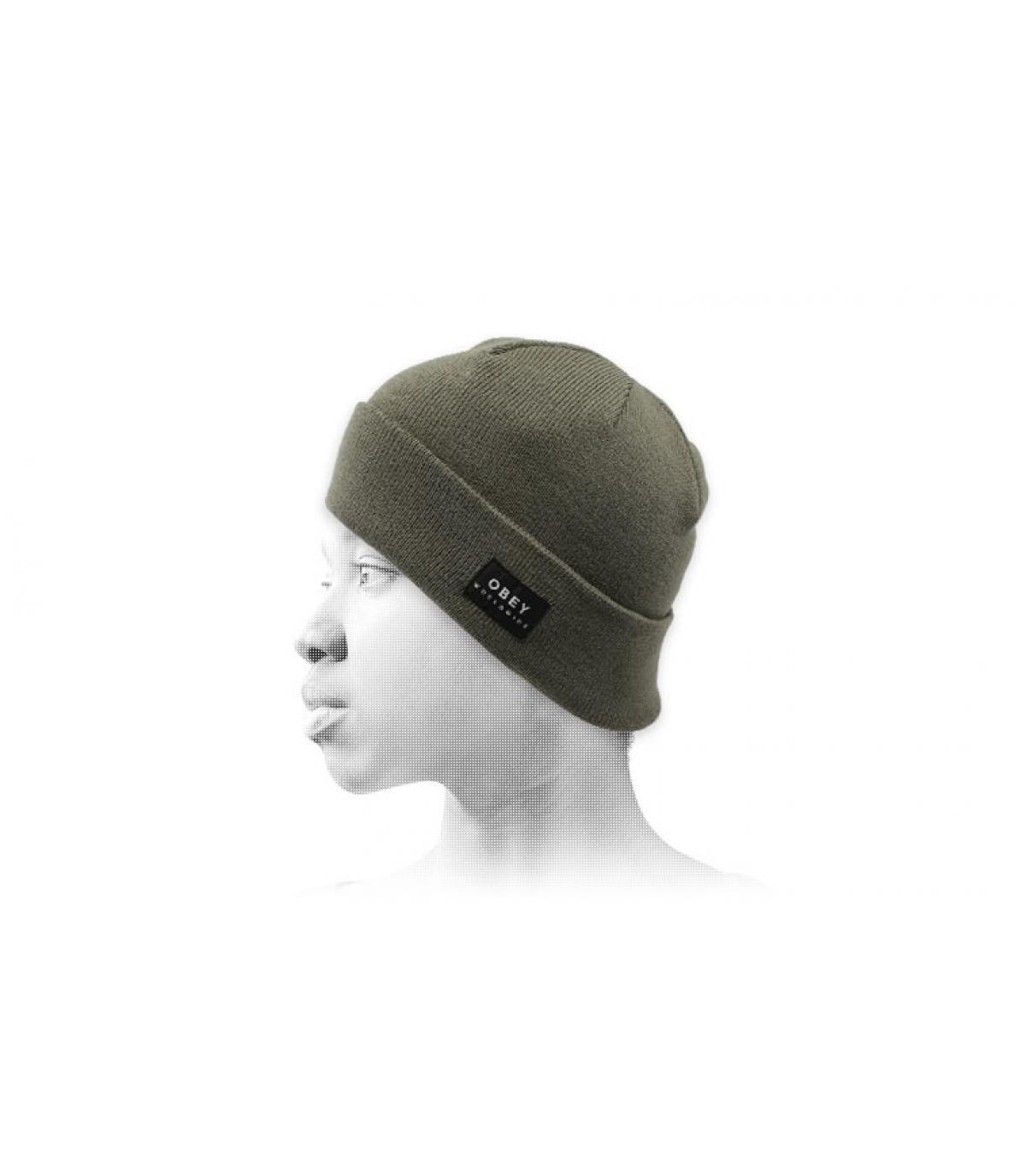 Mütze mit Rand grün Obey