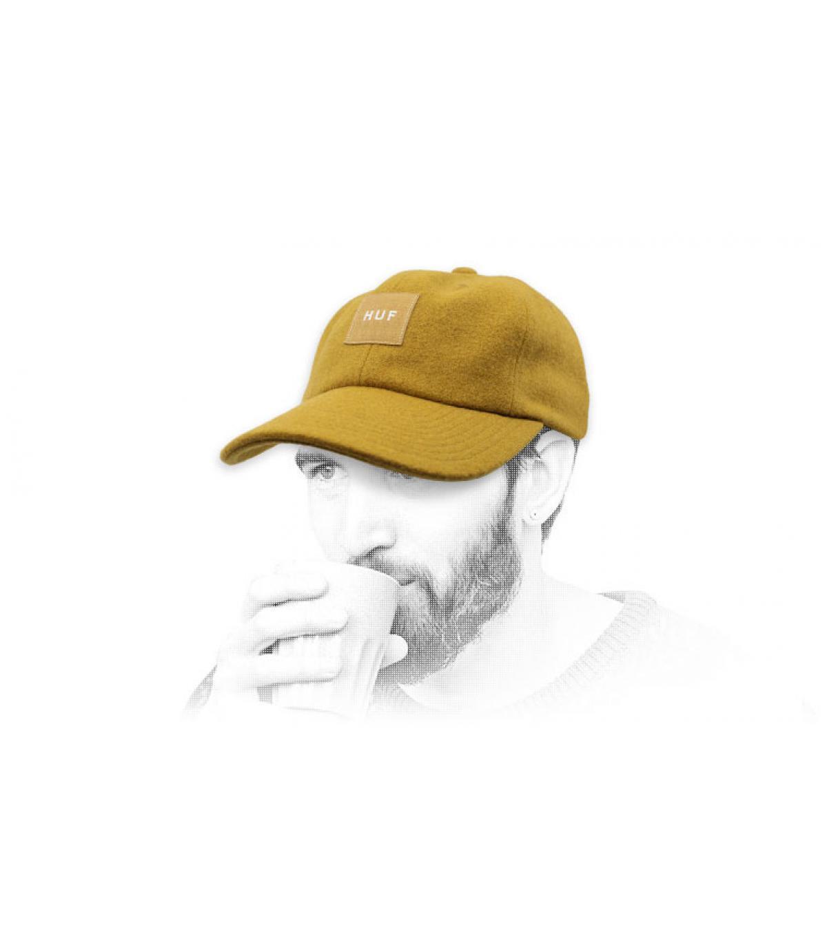 Cap Melton Wolle Huf gelb