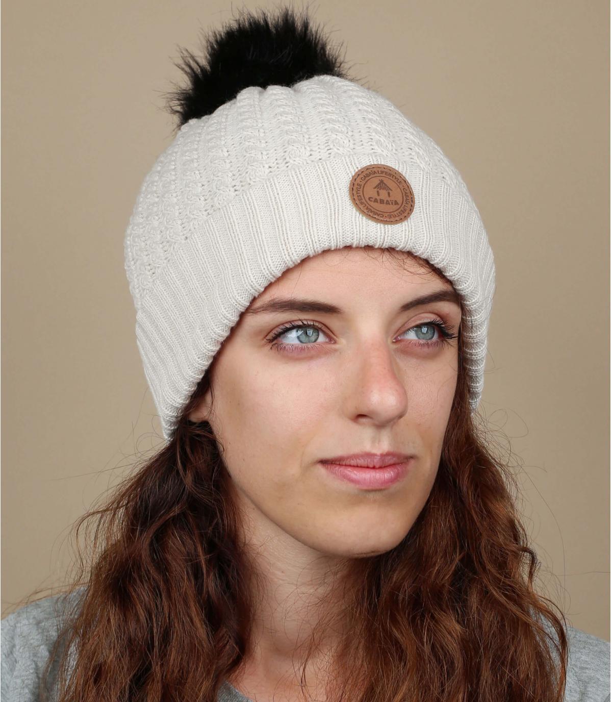 Mütze beige Bommel austauschbar