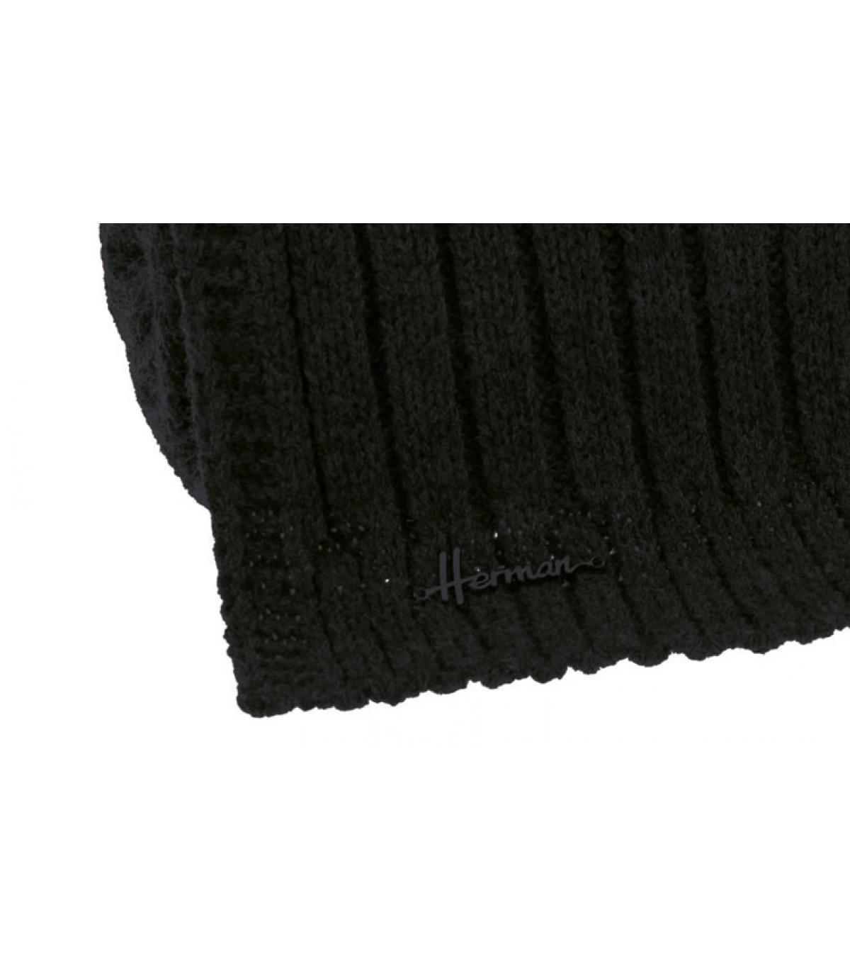 Schwarzer Schal weich