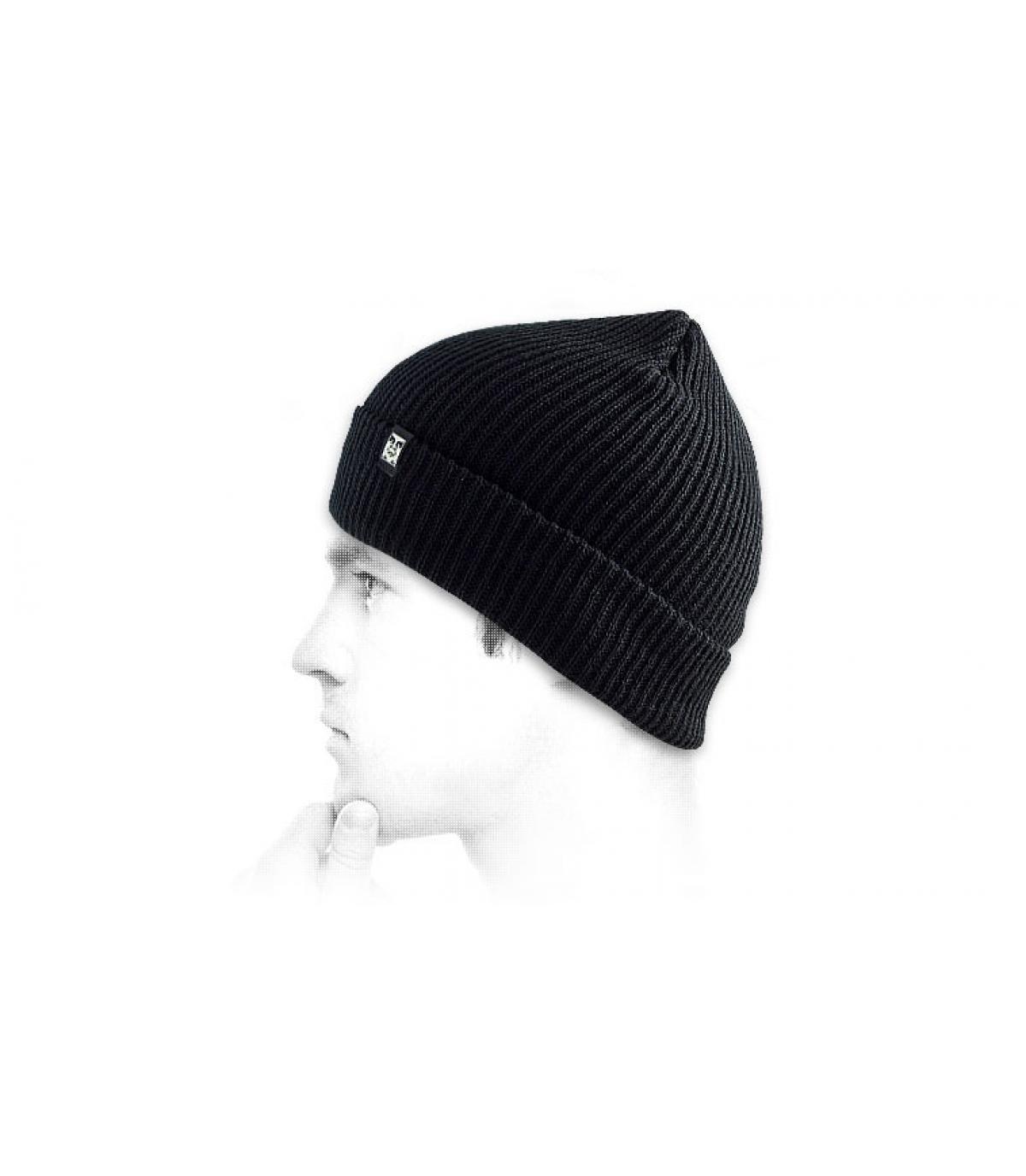 Schwarze ruger Mütze