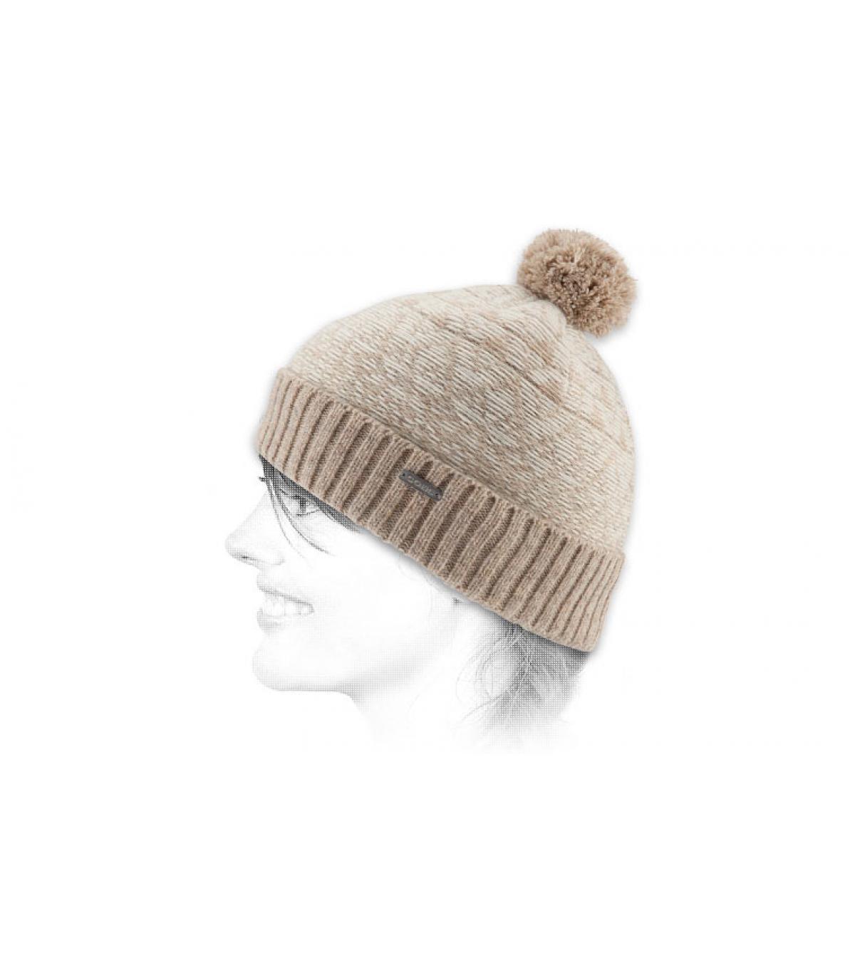 Cremefarbene skandinavische Mütze