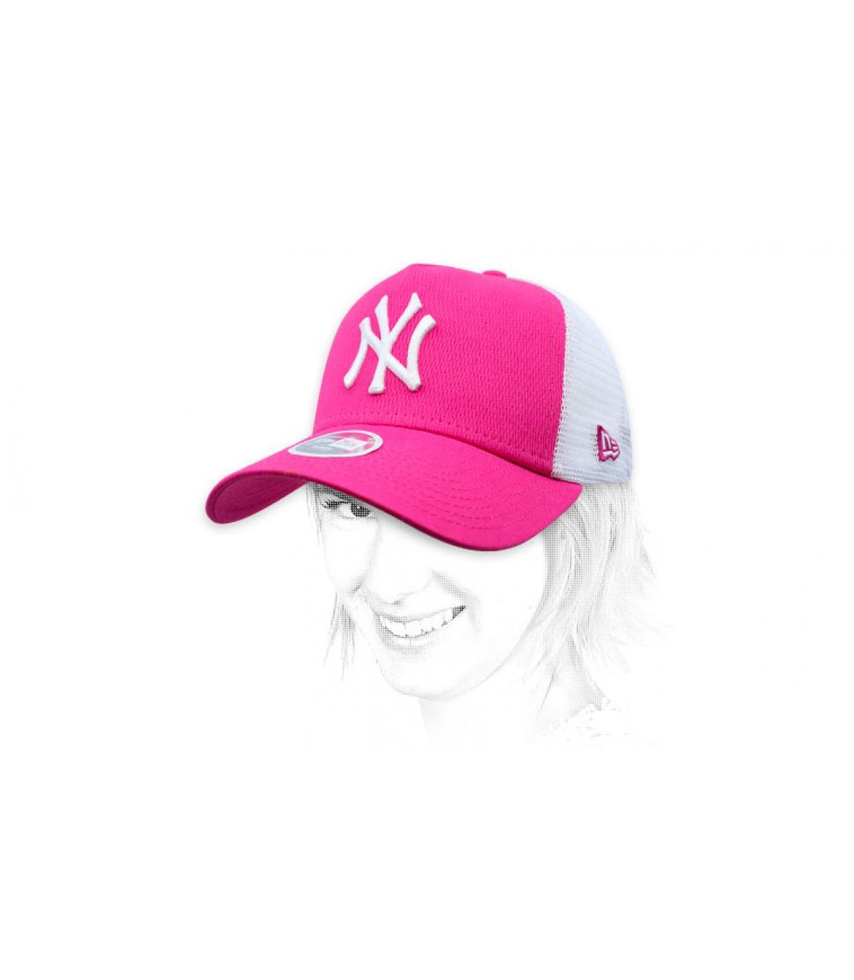 trucker NY rosa