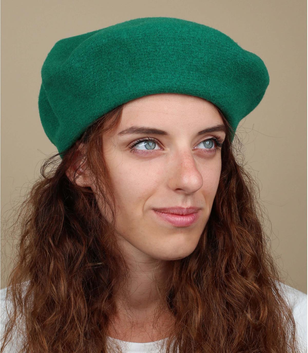 Grünes französisches Barett