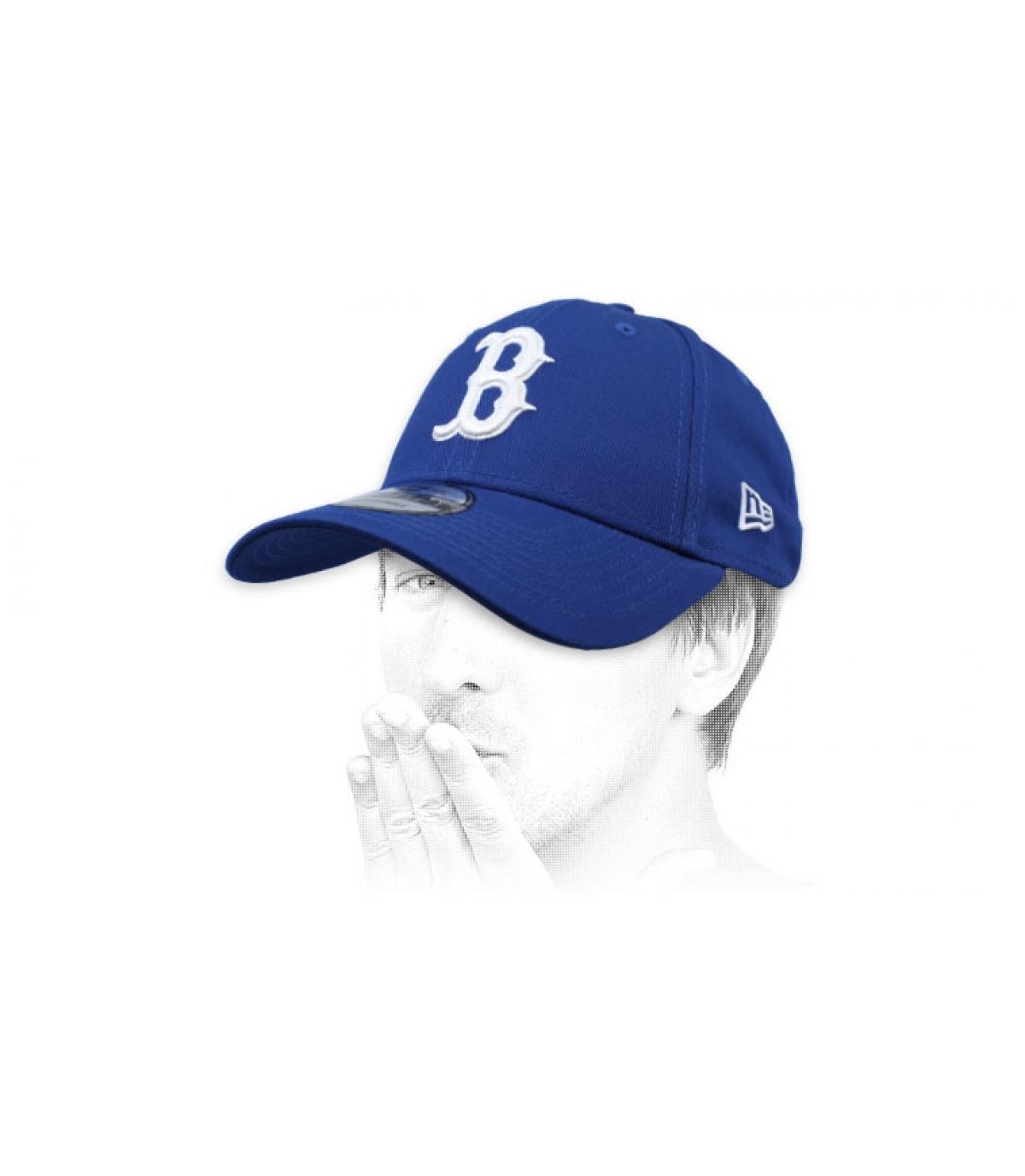 Cap B blau