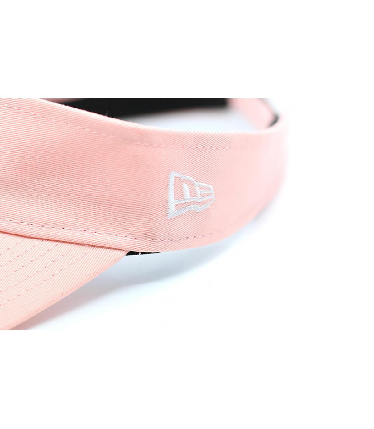 Details Wmns NE Ess Visor pink - Abbildung 3