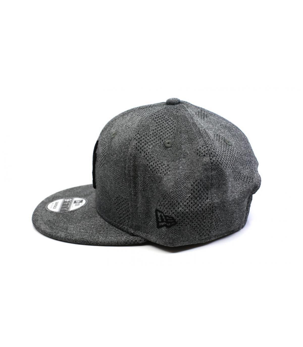 Details Snapback Engineered Plus NY 950 gray black - Abbildung 4