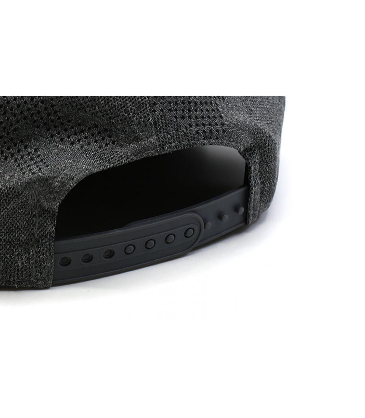 Details Snapback Engineered Plus NY 950 gray black - Abbildung 5