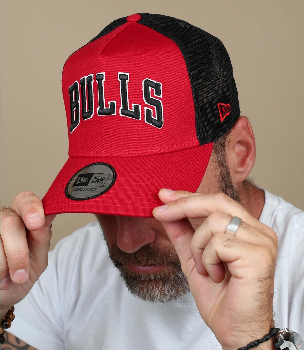 trucker Bulls rot