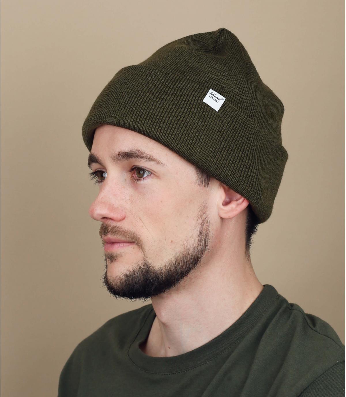 Mütze Rand olivegrün