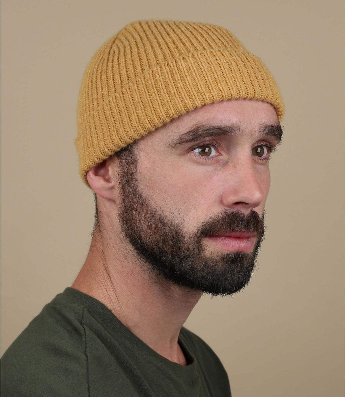 Mütze Revers gelb Wolle
