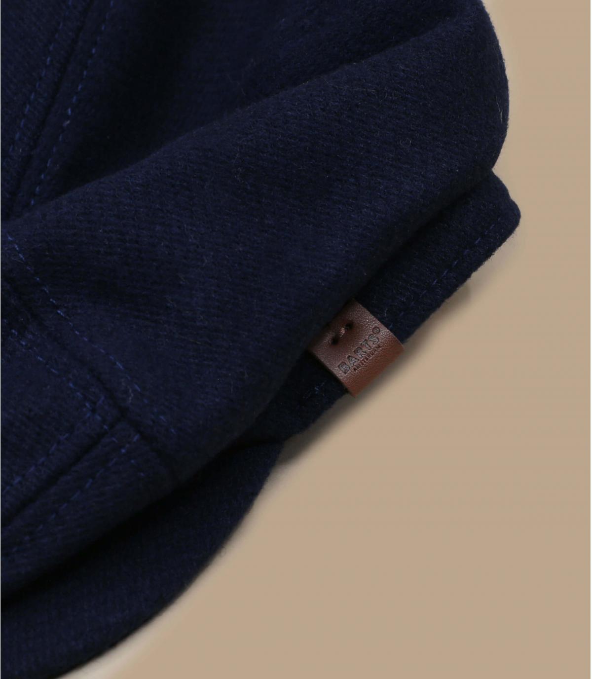 Barett blau Wolle