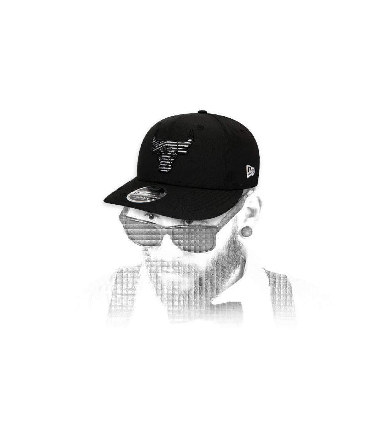 snapback Bulls schwarz gestreiftes Logo