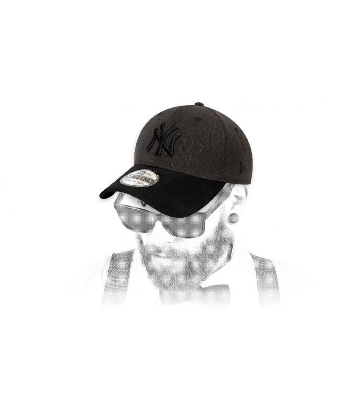 Cap NY grau schwarz suede