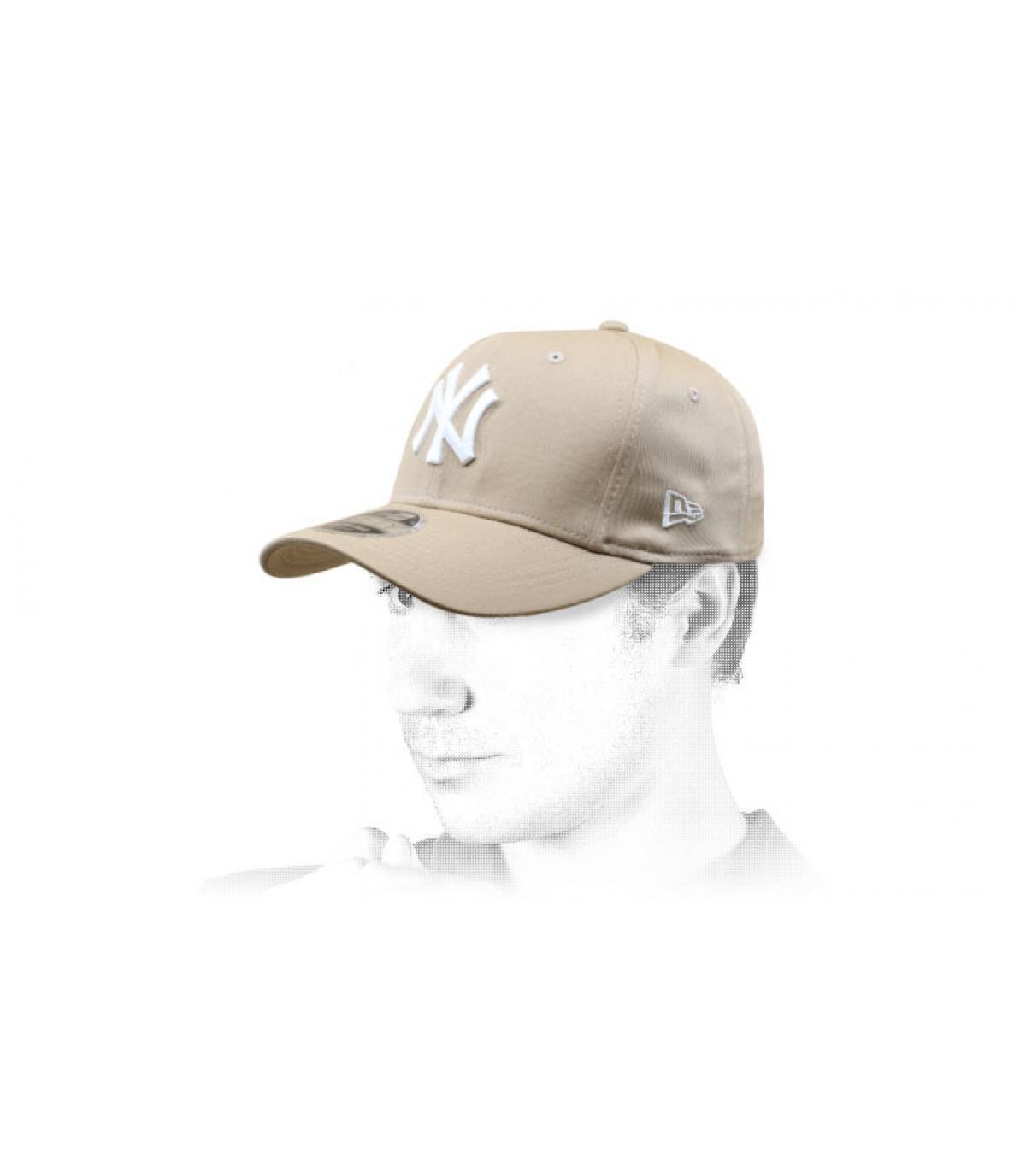 Cap NY beige weiß