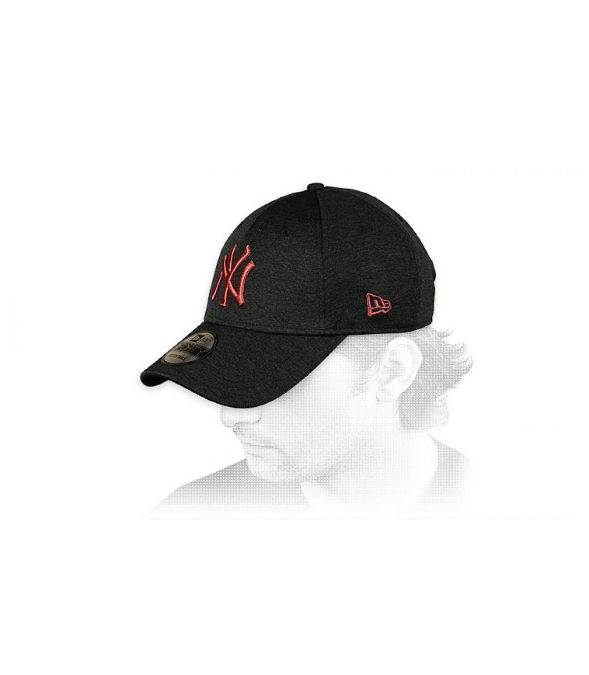 Cap curve NY schwarz