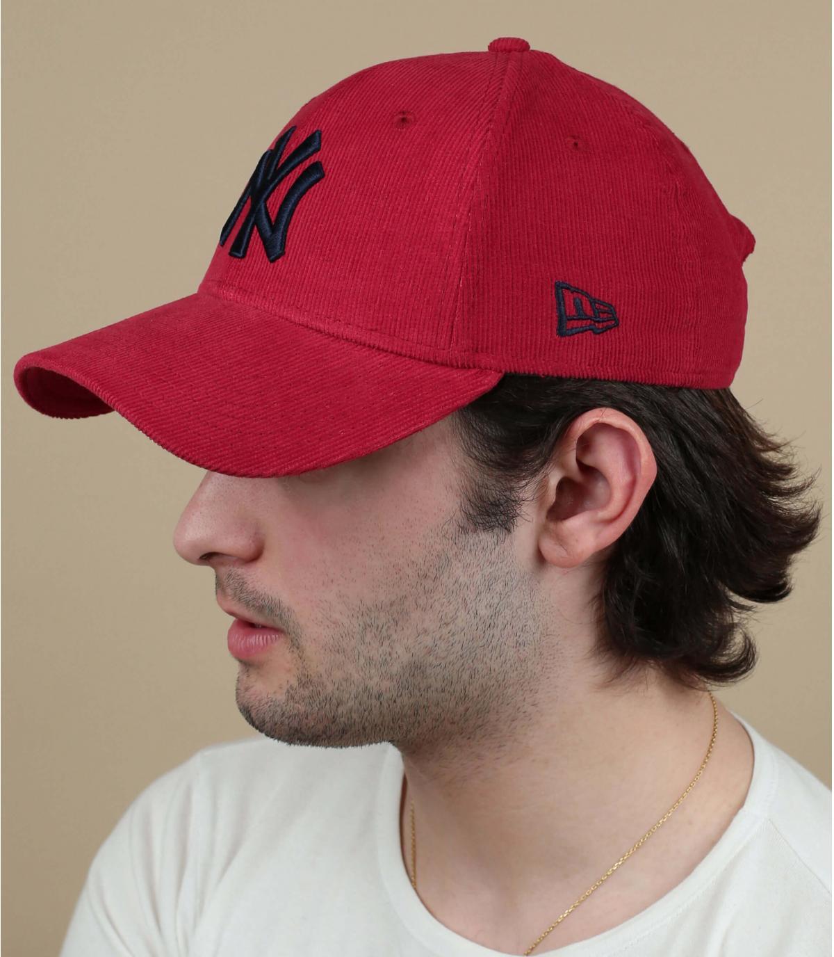 Cap NY  Kordsamt  rot