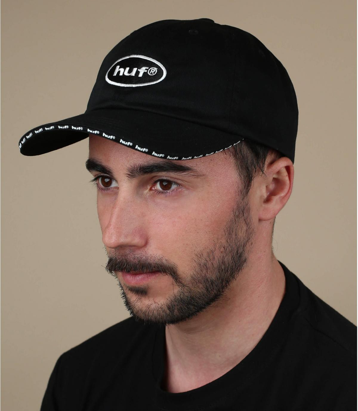 Cap schwarz Huf
