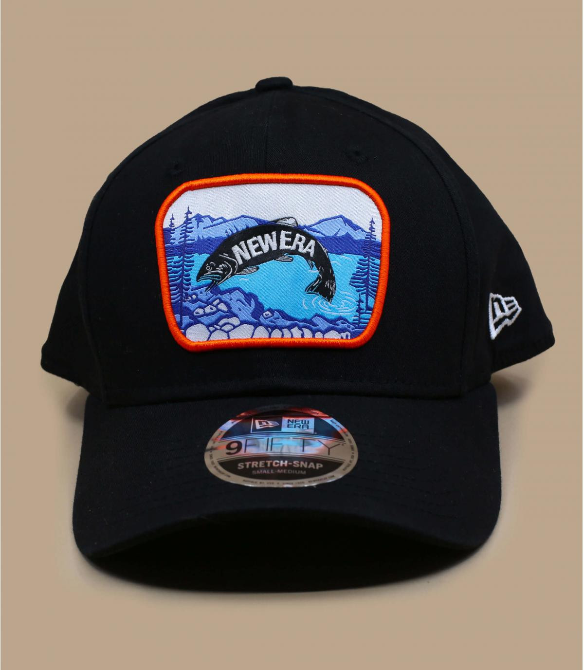 schwarze cap fisch patch