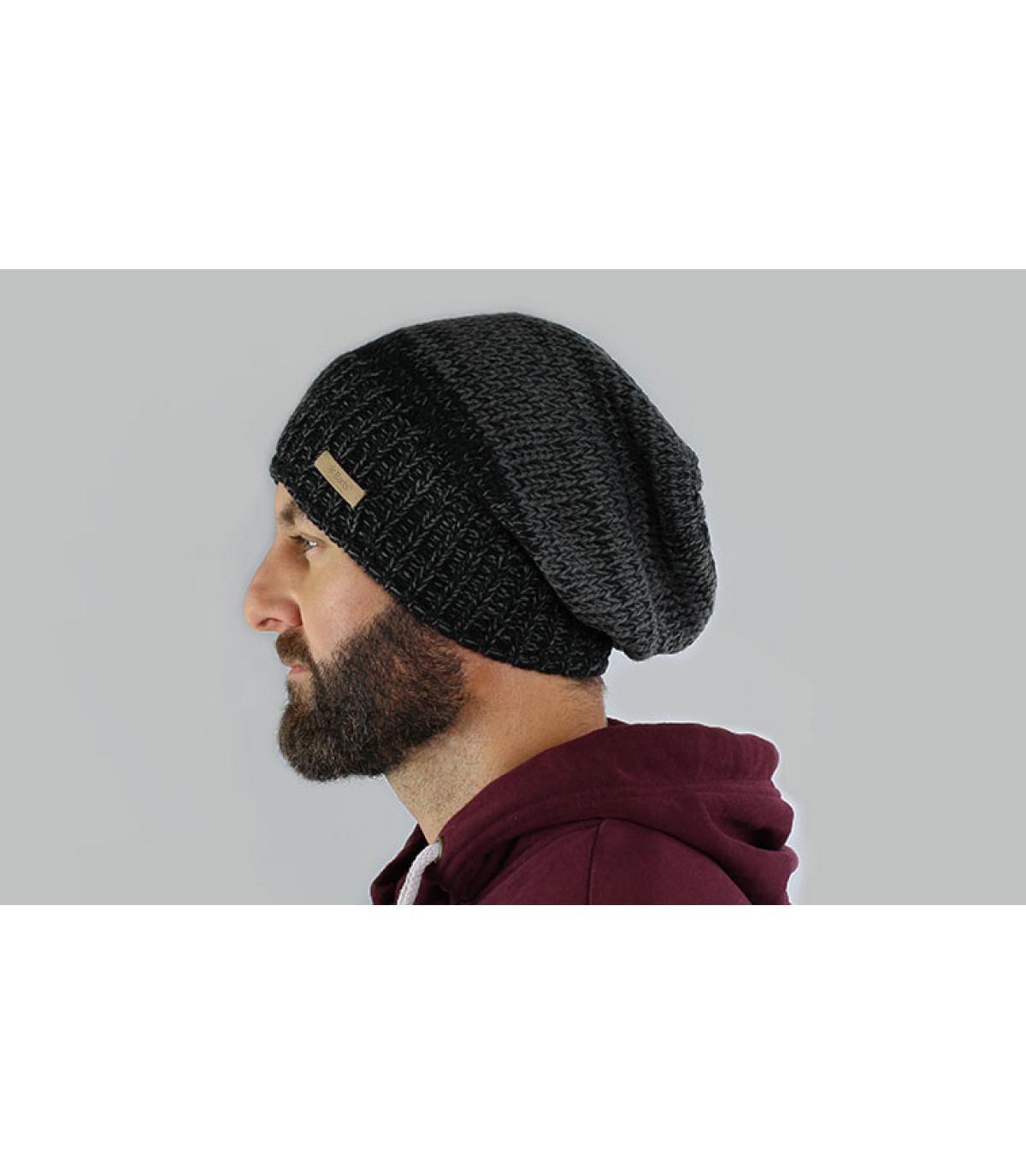 Schwarze oversize Mütze