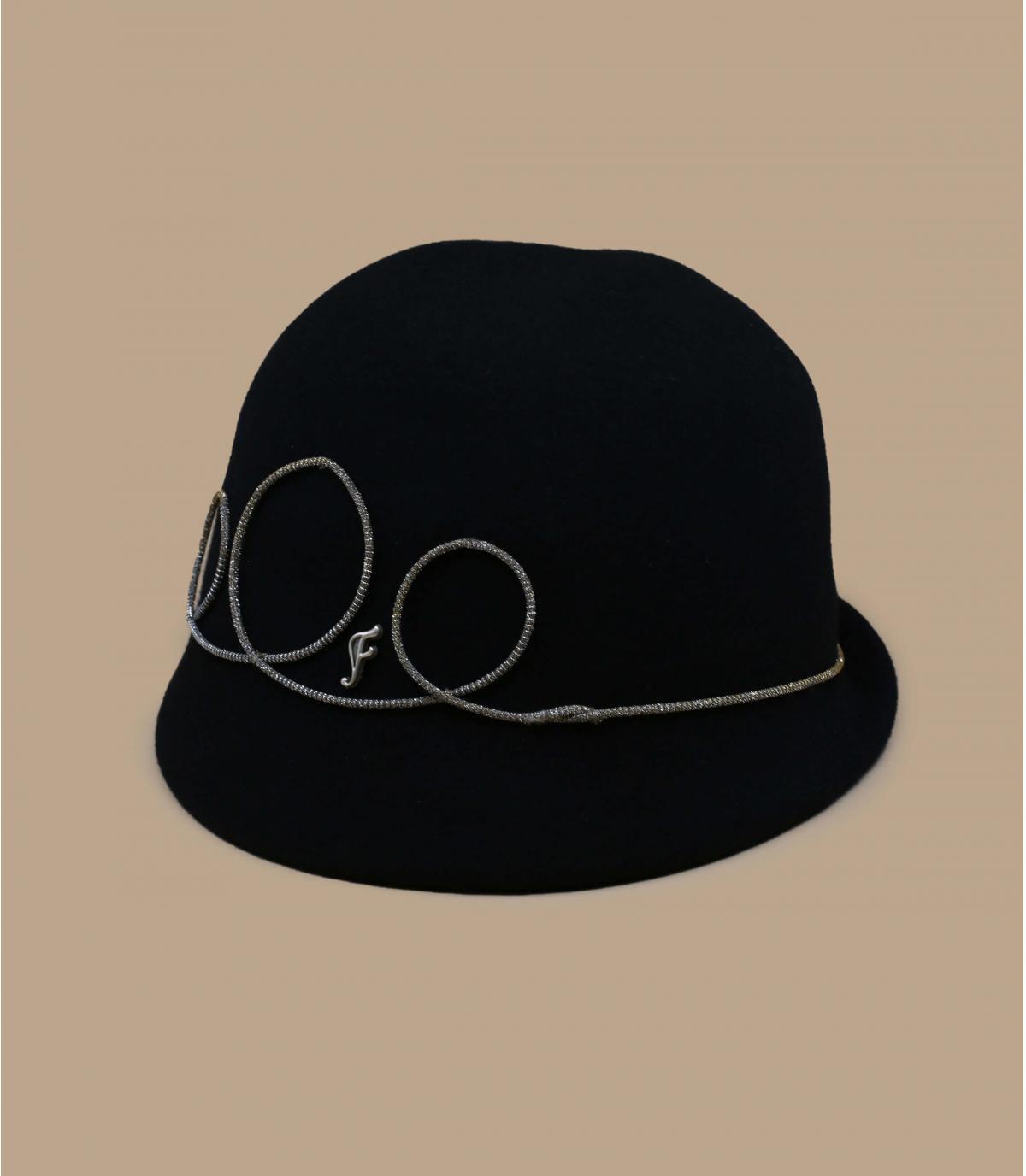 Glockenhut schwarz