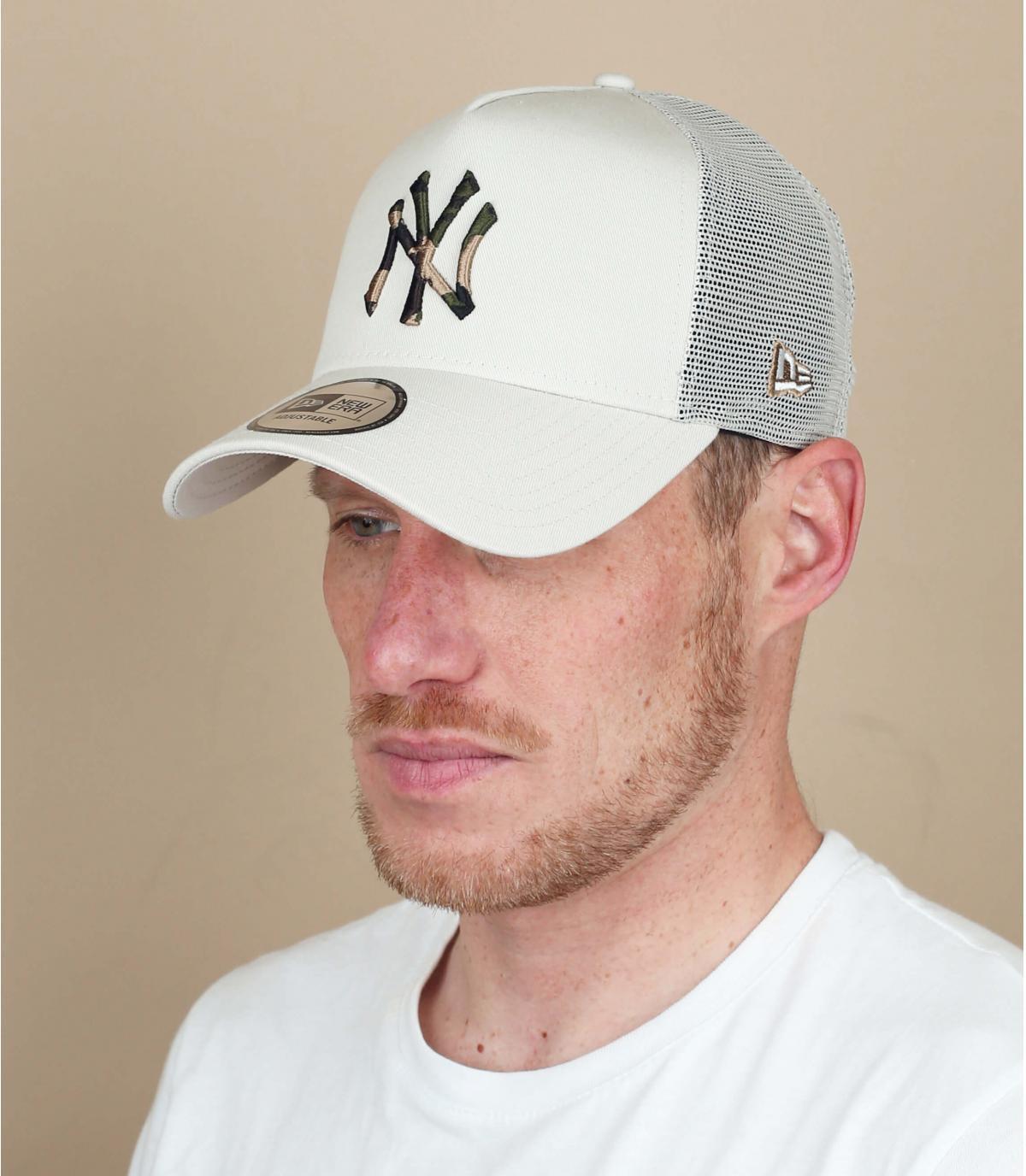 Trucker Cap NY beige camo