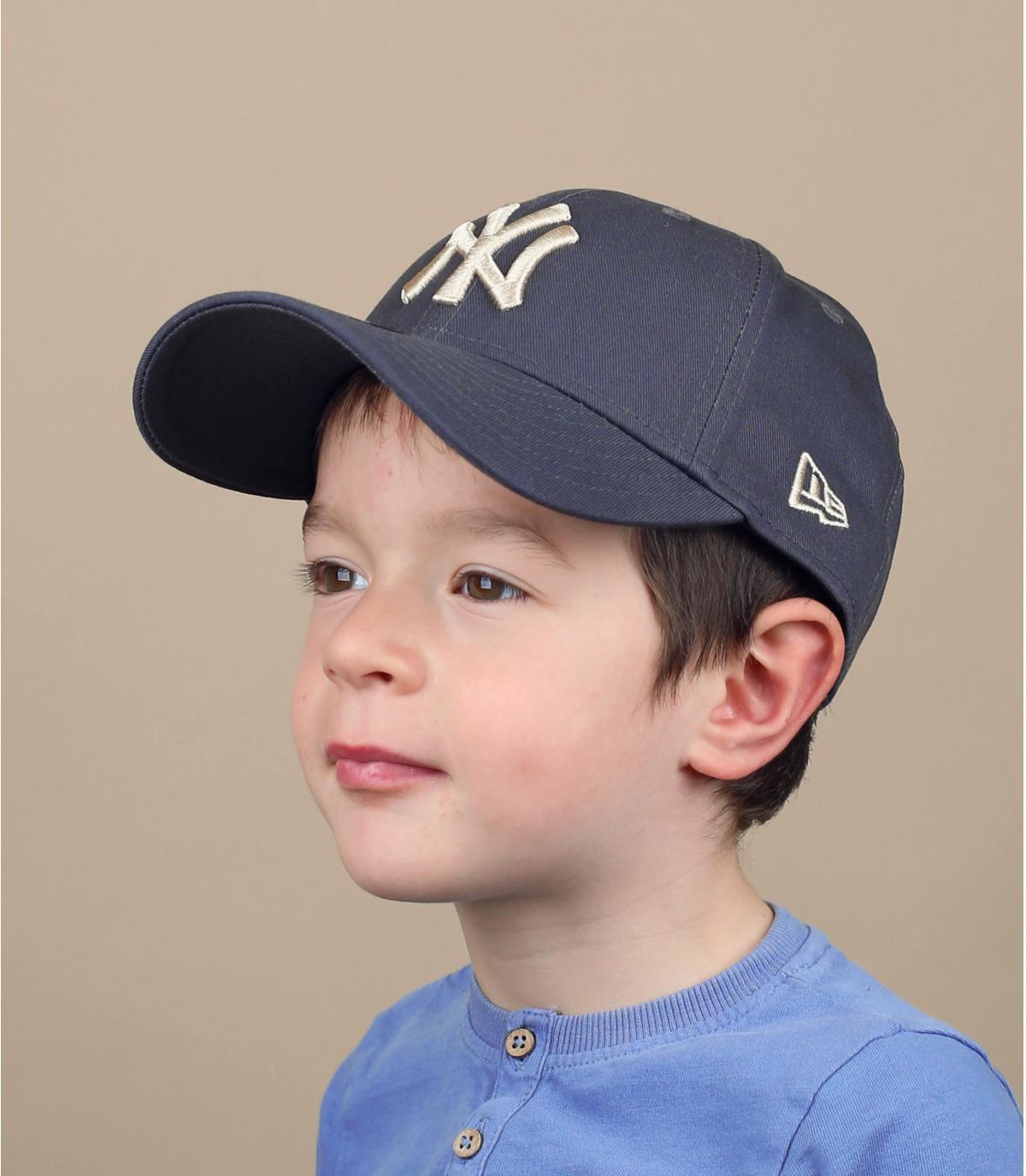 Kinder Cap grau NY