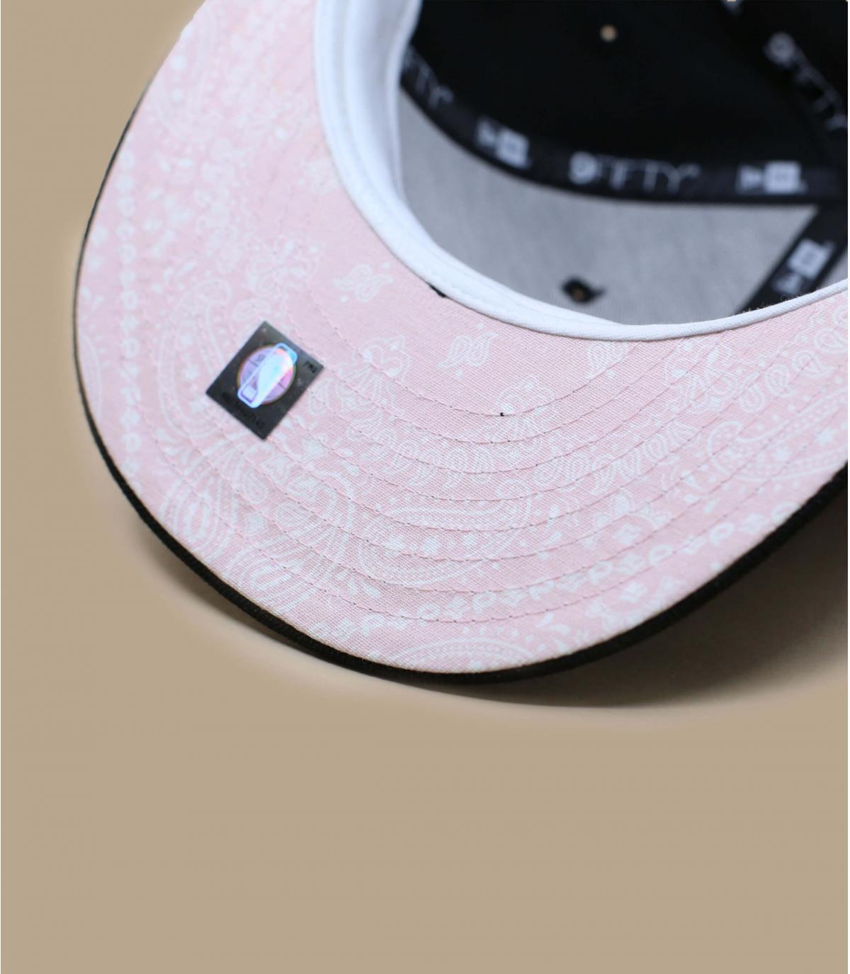 Details Quickturn Paisley Bulls 950 black pink - Abbildung 5