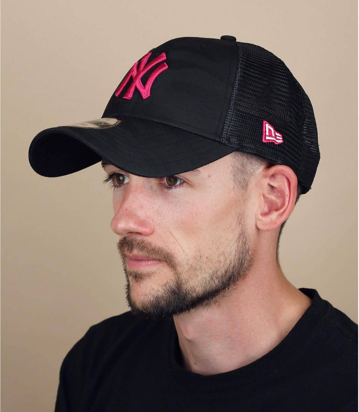 Trucker Cap NY camo rosa