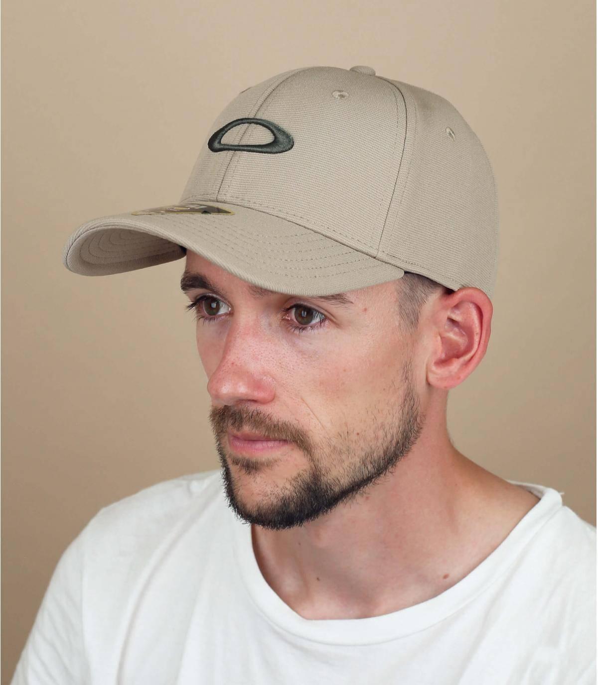 Oakley Cap beige