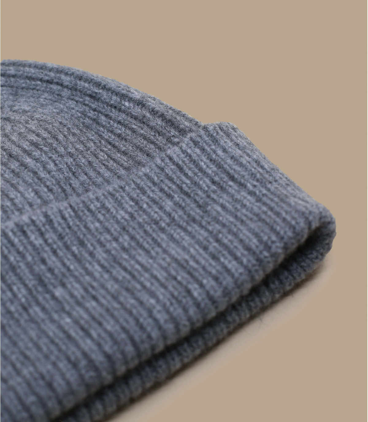 Mütze Revers grau Angora