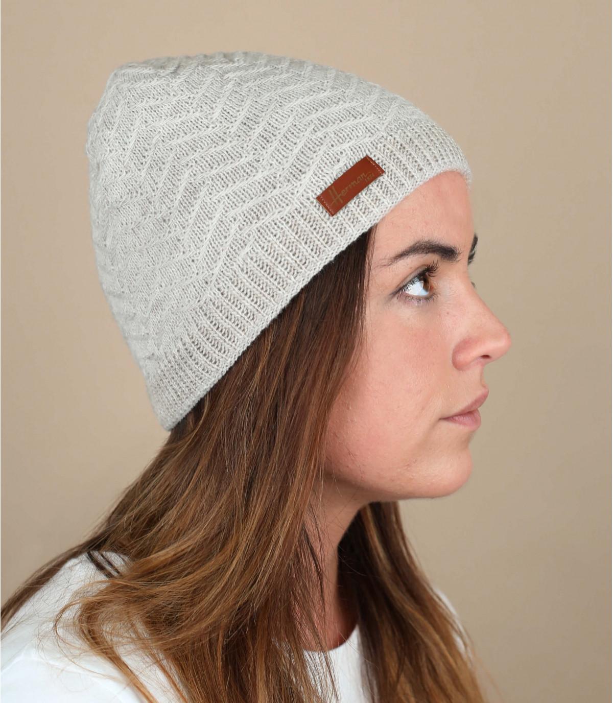 Mütze weiß Zickzackornament