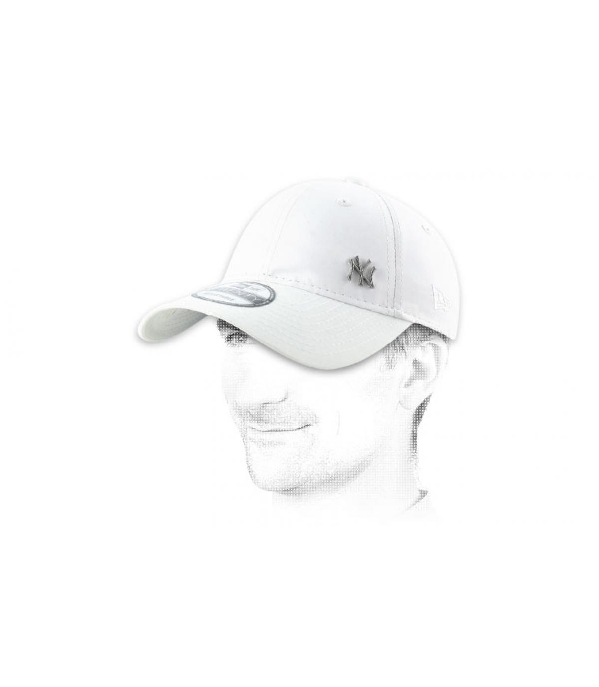 weiß ny cap