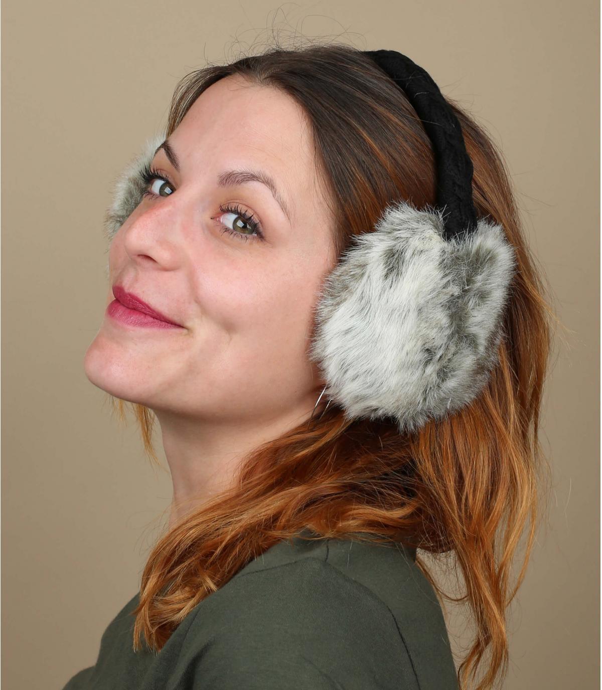 Fell-Ohrenschützer Kaninchen