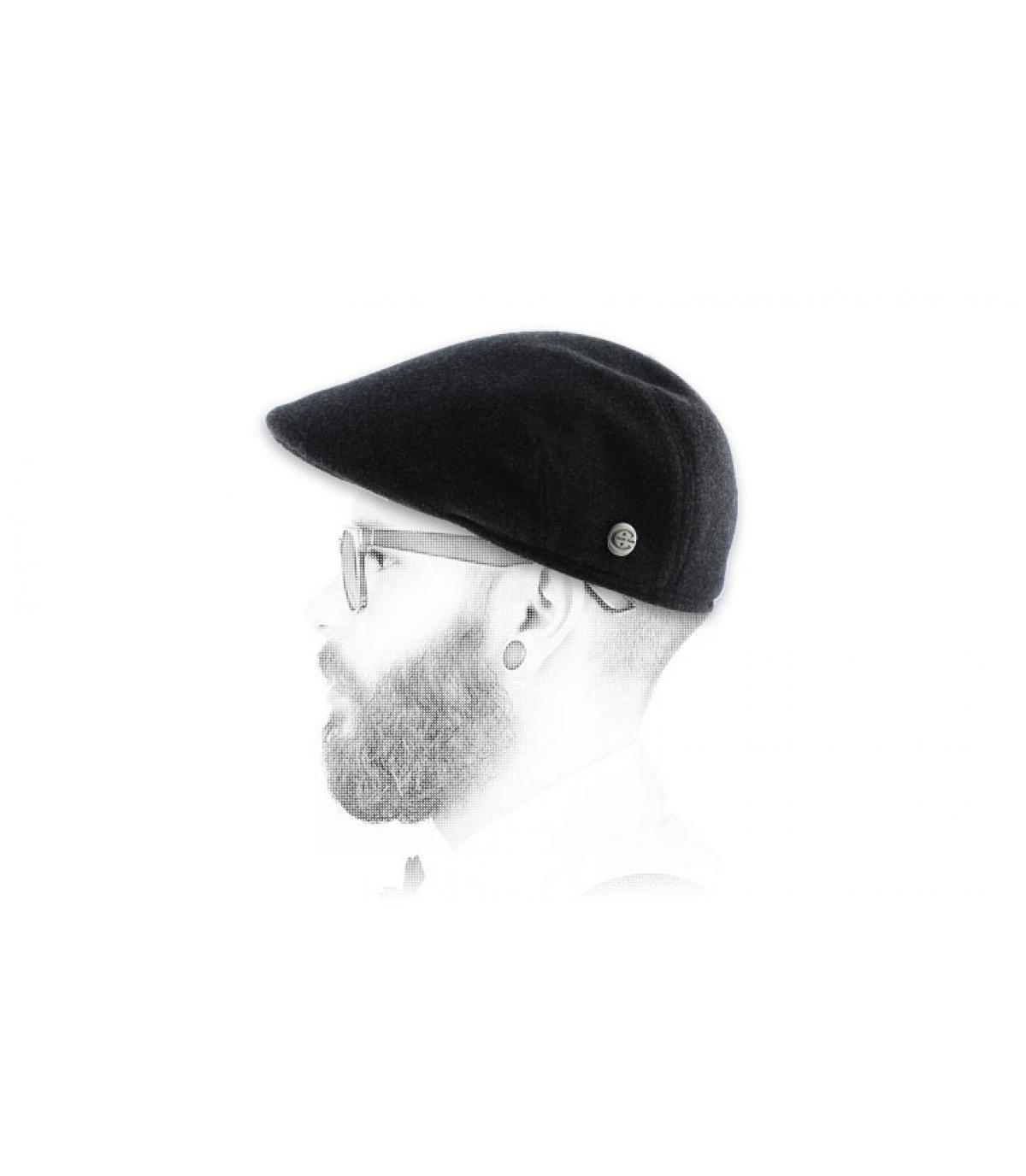 Barett grau mit Ohrenschutz Ohrenklappen
