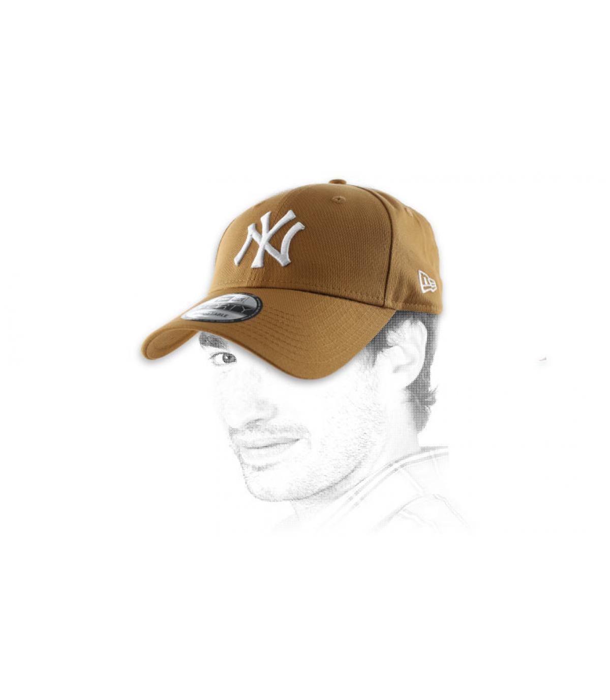 Cap beige Stickerei NY