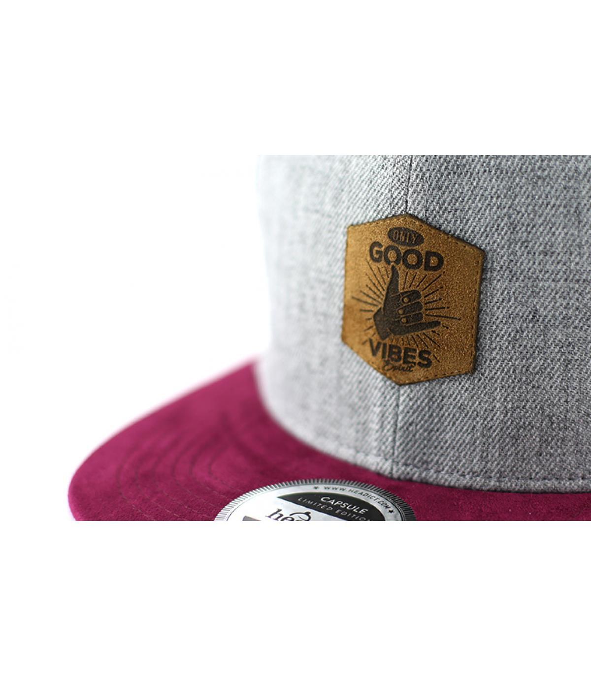Details Snapback Good Vibes grey burgundy - Abbildung 3