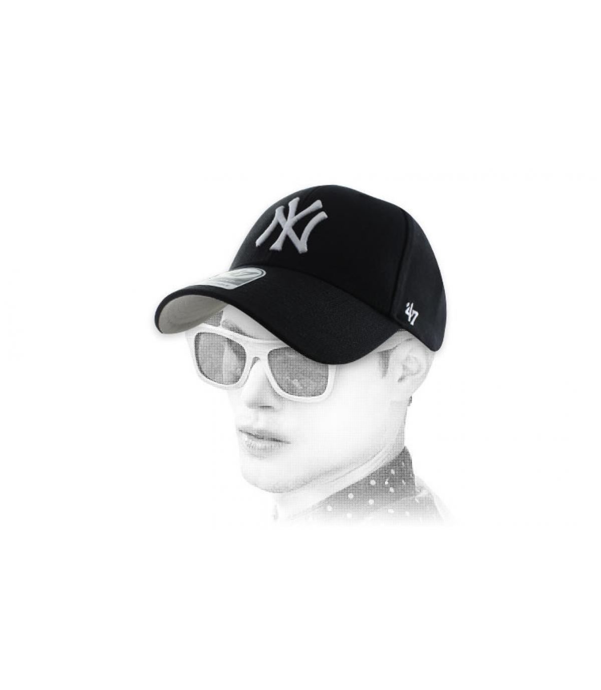 Schwarze Curved Cap NY  47'