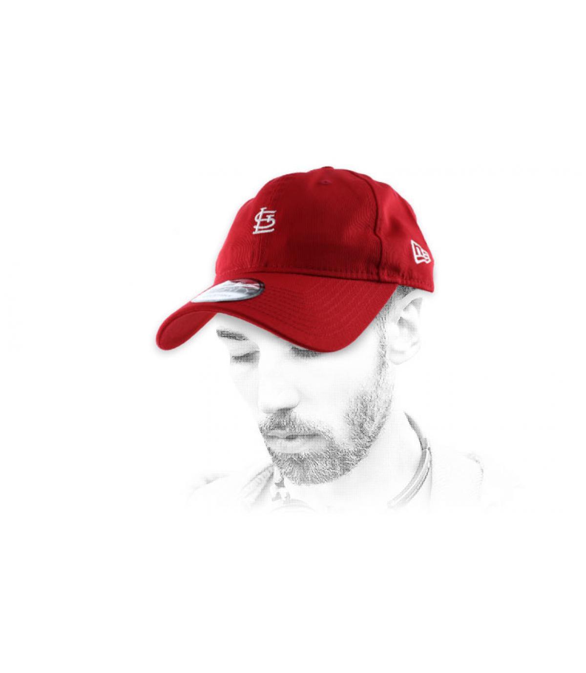 Rote St Louis Cap