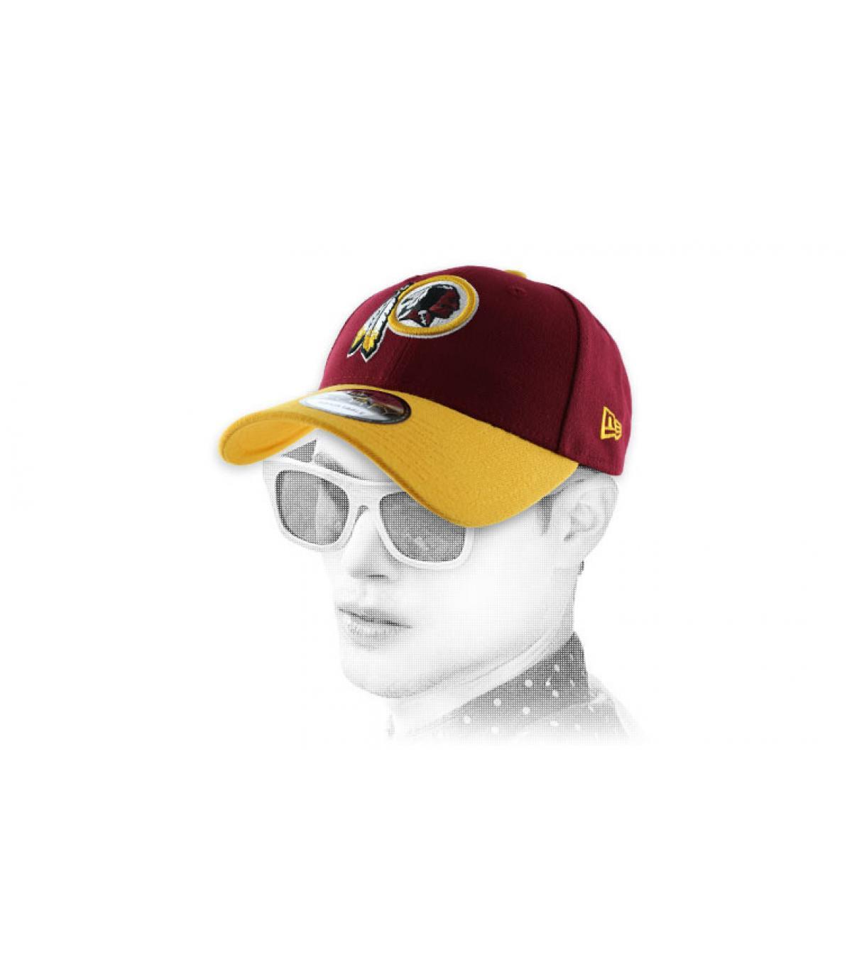 2666346ec74 Gelb rote Redskins Curved Cap