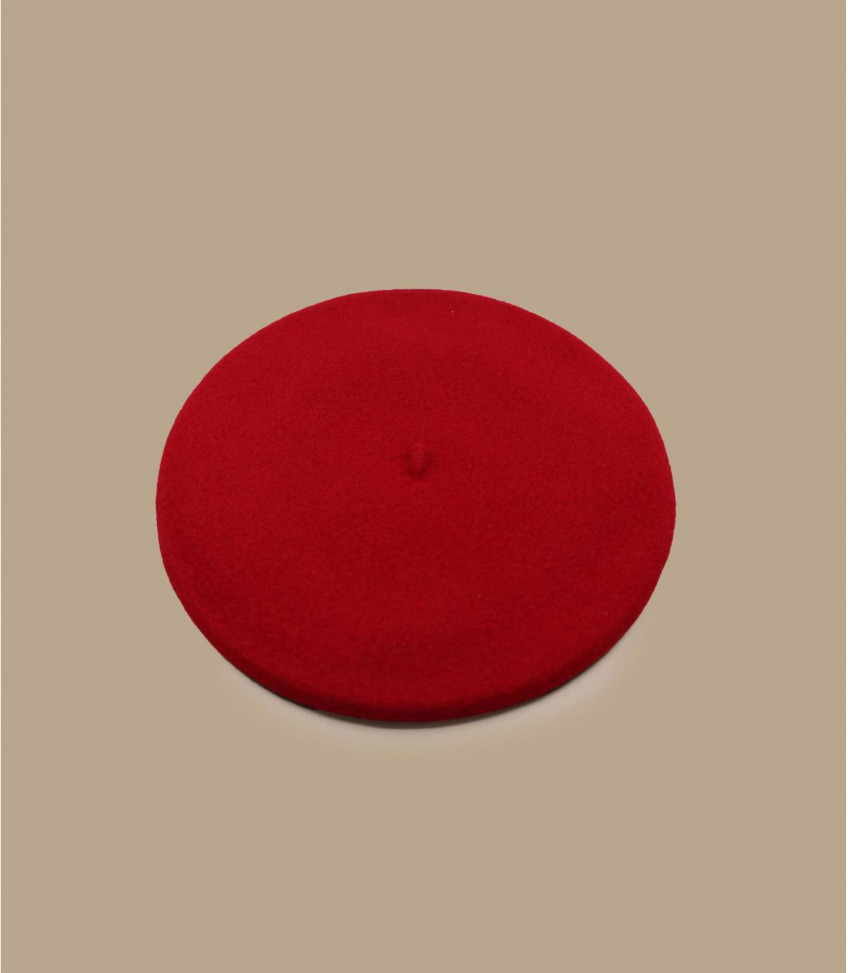 Rote Baskenmütze gefüttert