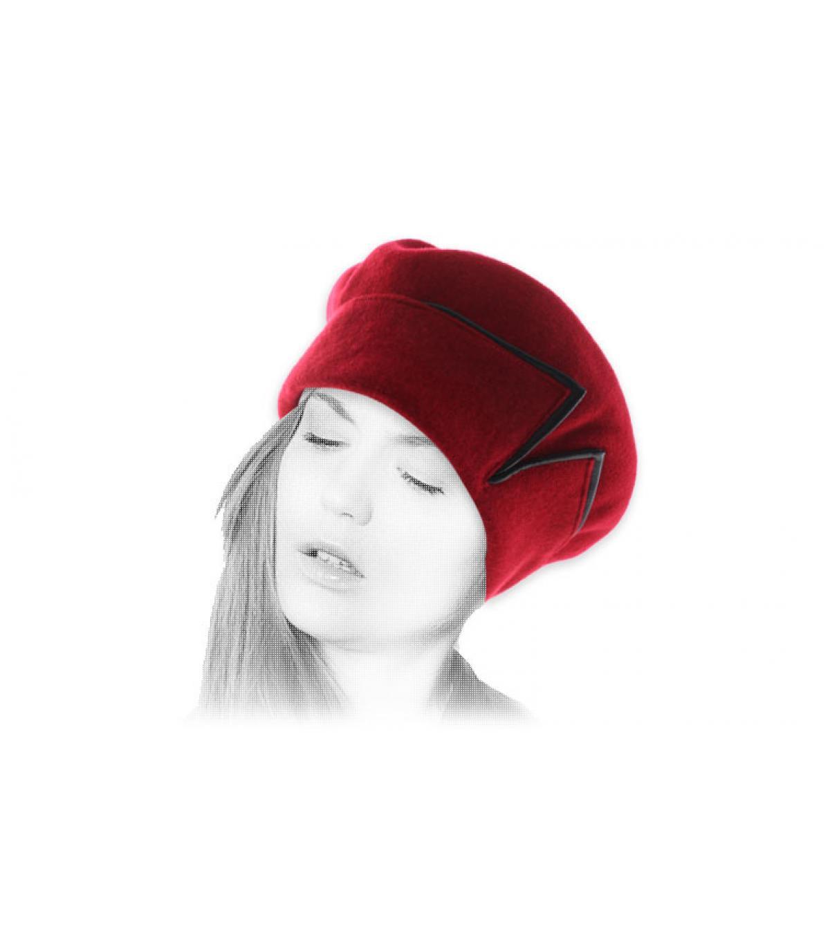 Barett Revers rot  Leder schwarz