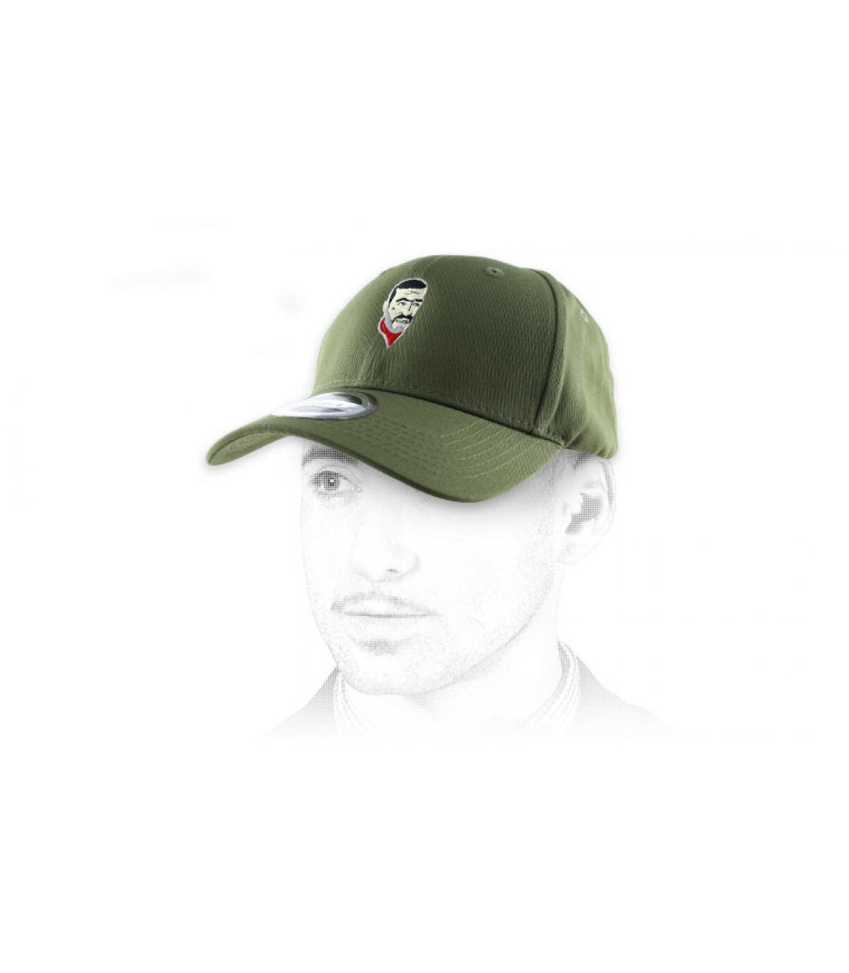 Curved Cap Negan olivgrün