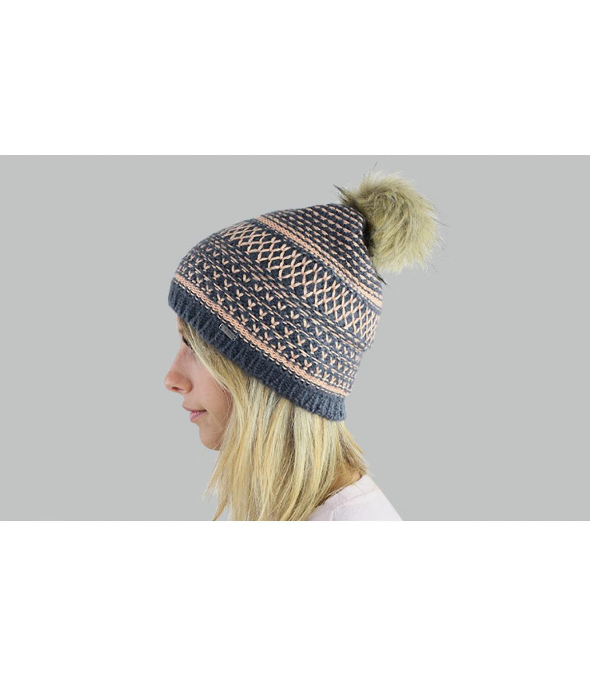 Mütze schwarz korallenrot