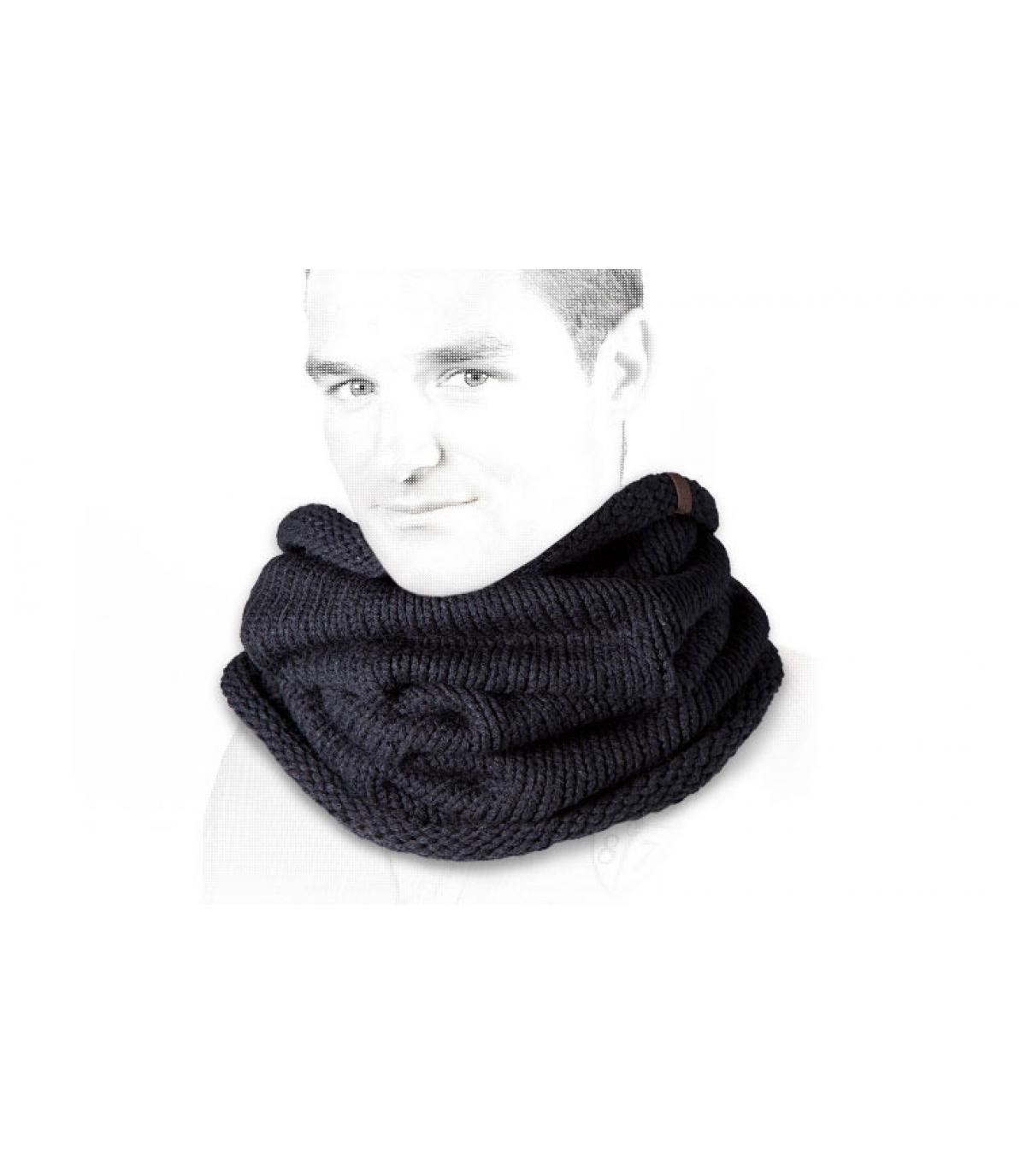 Charlie schwarzer Schal