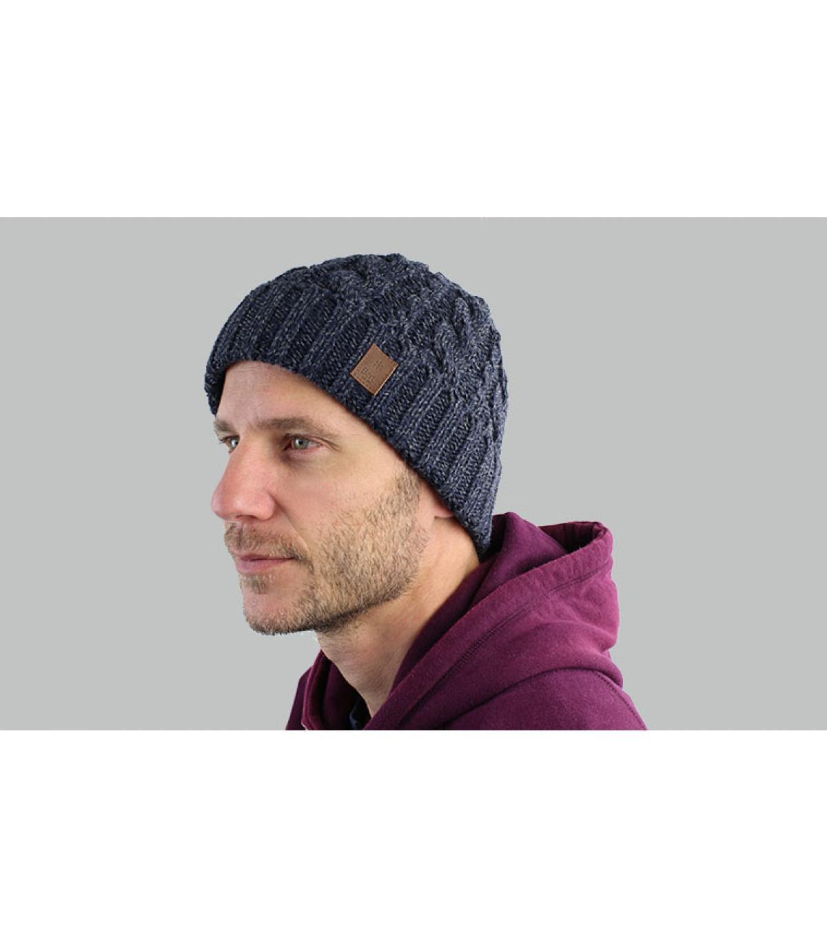 Mütze Revers marineblau Zopfmuster
