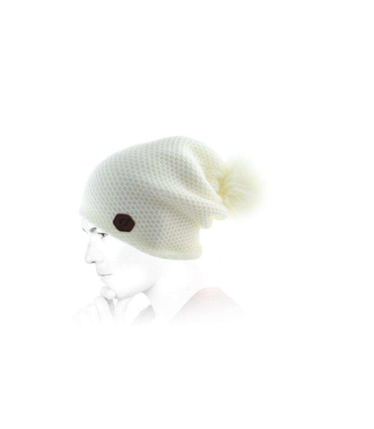 Oversize Mütze weiß Bommel